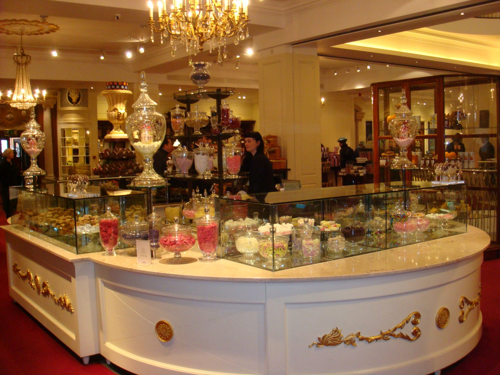 Candy counter at Fortnum & Mason.  Shouldn't ALL candy counters look like this?